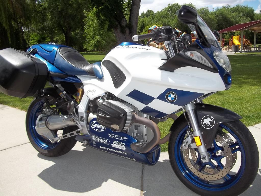 2004 BMW R1100S Boxer Cup Replika - Bike-urious