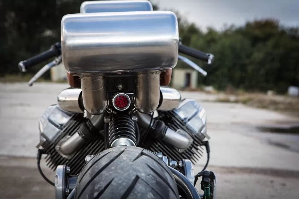 foundry-motorcycle-pipeline-exhaust