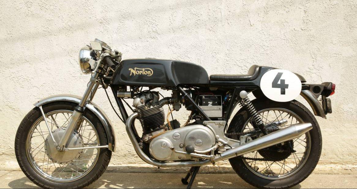 1971 Norton Commando 750 Cafe Racer Bike Urious