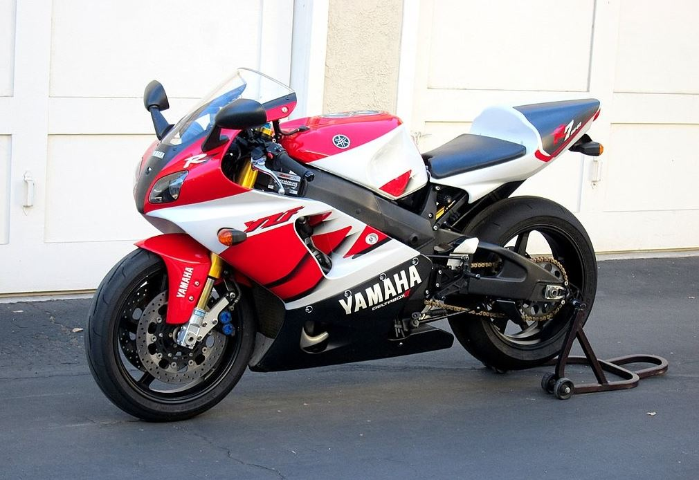 yamaha-r7-left-side